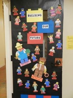 Students as Lego Figures for your door! Great for Community Helpers Unit or Career Day lessons. Lego Classroom Theme, Construction Theme Classroom, Classroom Displays, Class Displays, Classroom Ideas, Preschool Bulletin, Preschool Activities, Space Activities, Lego Bulletin Board