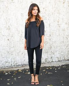 Meet our favorite new off the shoulder top! Our Elsa Off The Shoulder Top is so cute in this classic silhouette with an elastic neckline. The 3/4 sleeves are flowy as well as the body of this beauty.