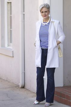 Fashion Over 50 Mature Women Fashion, Over 50 Womens Fashion, Fashion Over 40, 50 Fashion, Fashion Outfits, Fashion Trends, Fashion Spring, High Fashion, Business Outfits Women