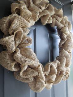 making it feel like home: Burlap Wreath