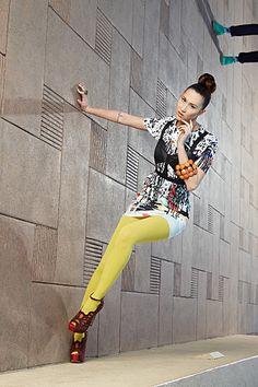 Shei Phan........WOMEN Crime Alert!   in Hong Kong Ravi Dahiya, sex trafficker, born 1970, born India,  45, very tall, white hair, eyeglasses  hunts women at Hong Kong Airport, both bus & plane travellers, for fake modelling agency work, front for sex trafficking AKA Ravinder Dahiya......#RaviDahiyaTraffickerHK
