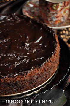 niebo na talerzu: Pyszne, czekoladowe ciasto z cukinią