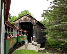 White Mountain Central Railroad - Clark's Trading Post in Lincoln NH