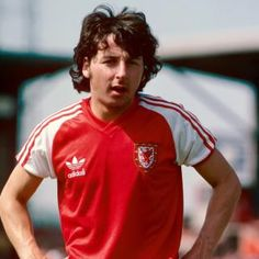 Mickey Thomas Wales Pictures and Photos Welsh Football, Pure Football, Retro Football, Chelsea Football, World Football, Football Kits, Gary Speed, Mickey Thomas, International Football