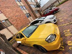 🔥Se Vende🔥 2005 Hyundai Accent Precio: $62,000,000  📍Ubicación: Bogota ♦Kilometraje: 750,000 kms ♦Transmisión: Mecánica ♦Combustible: Gas y Gasolina  Venta de taxi con cupo, 62.000.000 millones negociables  Posibilidad de financiación disponible para vehiculos de hasta 10 años de antiguedad con Publicarros.com al 📱 3147797687  #386 #Amarillitos #Amarillos #AmarillosDeCorazon #Coopebombas #Kia #Manchaamarilla #PicoYPlacaAmbiental #ServicioDeTaxi #ServicioPublico #Taxi #TaxiColombia… Honda Crv, Motos Honda, Hyundai Accent, Jeep Wrangler, Nissan, Mitsubishi L200, Colombia, Jeep Wranglers