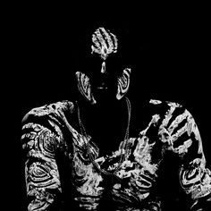 photo by Eric Lafforgue White Art, Black And White, Eric Lafforgue, People Of The World, Body Mods, Light And Shadow, Body Painting, Painting Art, Face Art