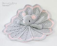 Ravelry: Wee Mouse Lovey pattern by Briana Olsen Crochet Security Blanket, Crochet Lovey, Crochet Mouse, Lovey Blanket, Baby Blanket Crochet, Crochet Dolls, Free Crochet, Amigurumi Patterns, Crochet Patterns