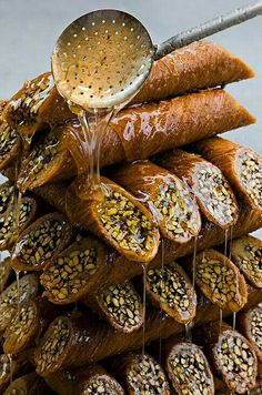 Oh my baklava Lebanese Desserts, Lebanese Recipes, Turkish Recipes, Greek Recipes, Turkish Sweets, Arabic Sweets, Middle Eastern Desserts, Egyptian Food, Exotic Food