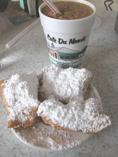 The New Orleans famous Cafe Du Monde chain, is now under strict orthodox rabbinical supervision for its fried beignets (its main food item).Beignets are a local delicacy and were brought to Louisian Beignets, Chef Uniforms, Beignet Recipe, All I Ever Wanted, So Little Time, Back Home, New Orleans, Nom Nom, Sweet Tooth