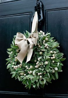 Fresh Christmas Wreath - Sage & White Berry | eBay