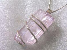 Beautiful kunzite pendant  101 ct  925 silver by Tourmalinefanclub, $55.90