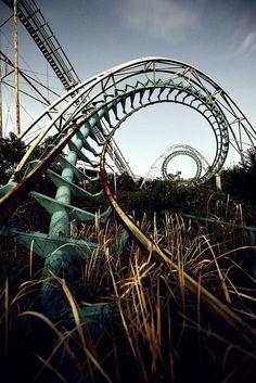 theburntmuffin:  Abandoned amusement park