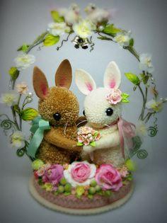 Whimsical Spring Bunny Wedding Pom Pom Cake Topper by MykoBocekStudios Pom Pom Crafts, Yarn Crafts, Diy And Crafts, Spring Crafts, Holiday Crafts, Pom Pom Animals, Easter Parade, Easter Holidays, Vintage Easter