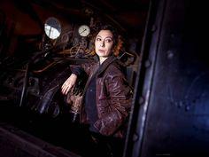 "NADJA TSCHINDER make up & more on Instagram: ""@ursula.strauss 😘 Foto: @tine_stone 🎉 Styling: by me 😍 Assistant: @madowlyn 🤩 . . . . . . . . #ursulastrauss #straussursula #actress…"" Ursula Strauss, Gina Lisa, Nadja, Old Steam Train, Michaela, Star Wars, Best Actor, Steampunk, Darth Vader"