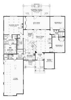 LOVE!!! Entertainer's Dream (HWBDO76276)   Craftsman House Plan from BuilderHousePlans.com