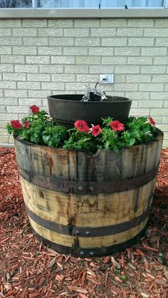 Flower pot/ fountain