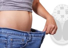 Want to know best way to lose weight. Diet and exercise plays vital role in weight loss. Here are the 8 best ways to lose weight naturally to get fit. Weight Watchers Program, Weight Watchers Free, Best Weight Loss, Healthy Weight Loss, Weight Loss Tips, Losing Weight, Weight Gain, Weight Control, Weight Set