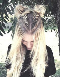 Follow 🐝yonce & get posts on the daily💦 @hayleybyu Dreadlocks, Headbands, Game Of Thrones Characters, Hair Styles, Beauty, Fashion, Hair Plait Styles, Beleza, Moda