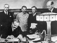 God's Hand: Ribbentrop-Molotov?