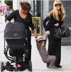 Rachel Zoe, her tots in tow + the stylish all-terrain Quinny Buzz Xtra