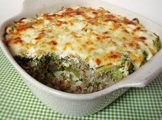 Citromhab: Rakott brokkoli Czech Recipes, Salty Foods, Hungarian Recipes, Hungarian Food, Cooking Recipes, Healthy Recipes, Easy Dinner Recipes, Good Food, Paleo
