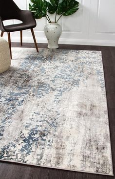 Our new Elizabeth range features gorgeous modern patterns in neutral tones. Today we feature the Elizabeth 331 Grey Blue Beige Abstract Patterned Modern Rug