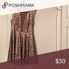 Dress Beautiful sparkly gold dress. Great for New Years! Only worn once! Dresses Mini