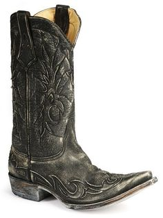 Vintage style, hand made quality, and the Old Gringo Name make this mens cowboy boot a great buy.
