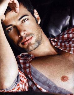 William Levy - Cuban version of Brad Pitt. Will soon be appearing on Dancing with the Stars... WOW, what a HOTTIE!!!!!!