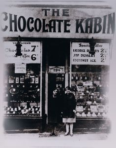 The very first Thorntons shop, the Chocolate Kabin, was opened in October 1911 in Sheffield by travelling confectioner Joseph William Thornton. #socialsheffield #sheffield