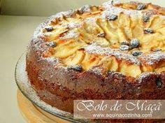 mug cake chocolate Portuguese Sweet Bread, Portuguese Desserts, Portuguese Recipes, Portuguese Food, Apple Recipes, Sweet Recipes, Cake Recipes, Dessert Recipes, Cupcakes