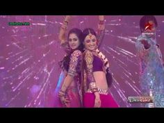Sanaya Irani & Krystal D'souza performing together on 'Radha' at Star Di...