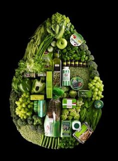 Amarillo y Verde: nabo, col, aguacate, banana… Aporta: luteína y zeaxantina, … - Alles Pinner Gaudi, Things Organized Neatly, Greens Recipe, Healthy Foods To Eat, Healthy Eating, Healthy Recipes, Food Coloring, Food Design, Shades Of Green