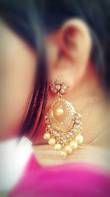 Stylish earings dpz for girls - Sari Info Cute Girl Poses, Cute Girl Photo, Beautiful Girl Photo, Girl Photo Poses, Stylish Girls Photos, Stylish Girl Pic, Stylish Dp, Stylish Jewelry, Cute Jewelry