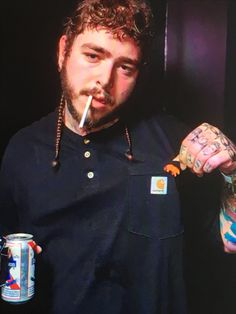 #PostMalone Post Malone Lyrics, Post Malone Quotes, Post Malone White Iverson, Boss Babe Motivation, I Fall Apart, Soul Singers, Love Post, Cute Posts, American Rappers