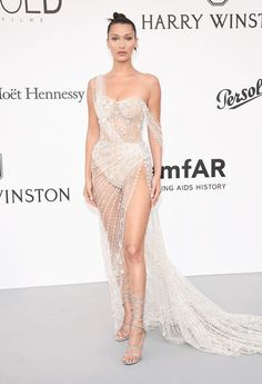 Every celebrity is trying out the see-through dress trend and we've discovered a level 10 naked dress. Sexy Dresses, Fashion Dresses, Prom Dresses, Casual Dresses, Bella Hadid Style, See Through Dress, Maxi Gowns, Mannequins, Dream Dress