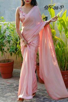 Sari Blouse, Sari Dress, Saree Blouse Patterns, Saree Blouse Designs, The Dress, Slides Outfit, Designer Saree Blouses, Sarees For Girls, Diana Penty
