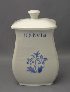 Arabia Finland Kurt Ekholm Finnish Recipes, Blue And White China, My Heritage, Diy Art, Scandinavian, Nostalgia, Porcelain, Pottery, Jar