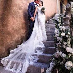 Wholesale Elegante Marfil Blanco Lace Hem Catedral Bridal Veils borde largo Applique con peinado de alta calidad de velo de Tulle de boda de la boda