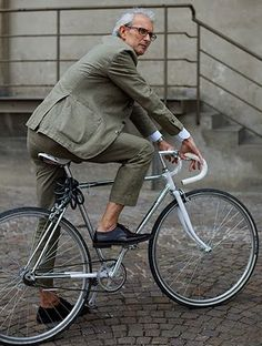 suit on bike