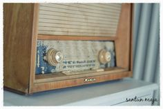 Santun Maja: Putkiradiosta kaiuttimiksi. I removed everything inside of my old radio and put there computer speakers!