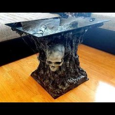 This table tho @necro_antics needs to make me one! #InLove #LOVEthis #Skull #Table #Creeplife #Creepy #Custom #Handmade #Gothicstyle #Gothic #Gothicfurniture #Horrordecor #Hookmeup
