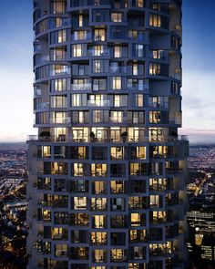 Playing a game of Jenga with studio apartments and four bedroom homes, Herzog & de Meuron brings modernist values to luxury residential living at One Park Drive in Canary Wharf, the practice's first residential UK project. Tessellating 483 residenc...