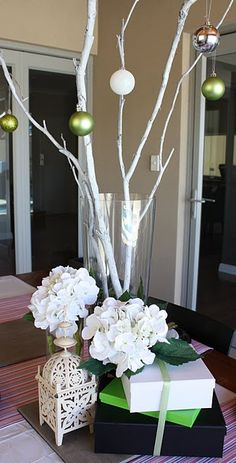 great for christmas wedding... I like the tree. Only if it was bigger and had more branches. Great entry