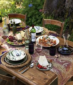 The rich hues of the vineyard ~ A Williams Sonoma table setting