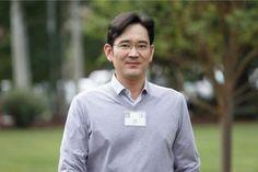 Samsung başkan yardımcısı Lee Jae-yong, kısa bir süre önce rüşvet suçlamasıyla tutuklanmıştı. Aynı zamanda şirketin veliahtı olan Lee için savcının hangi suçlamalarda bulunacağı ortaya çıktı. The Wall Street Journal ve Bloomberg'de yer alan haberlere göre, özel yetkili savcı Lee ve dört...  #Geçirme, #Kâr, #Rüşvet, #Şahitlik, #Saklama, #Samsung'Un, #Suçlanıyor, #Veliahtı, #Yalancı, #Zimmete https://havari.co/samsungun-veliahti-