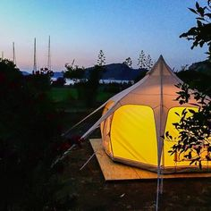 Kocabah�e Glamping Bozburun Set in Bozburun, just 5 km from town centre, Kocabah?e Glamping features a tranquil private beach area and a terrace with the views of the sea.  Bed linen is offered in each unit.  Guests can enjoy the on-site bar and restaurant.