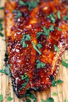 This is a sweet, spicy and smoky honey sriracha oven baked salmon recipe you won. - This is a sweet, spicy and smoky honey sriracha oven baked salmon recipe you won& be able to - Salmon Dishes, Fish Dishes, Seafood Dishes, Seafood Recipes, Cooking Recipes, Dinner Recipes, Cooking Okra, Cod Recipes, Cooking Steak