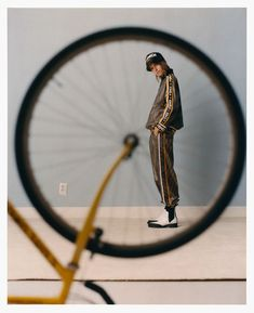 Cato Van Ee by Marcin Kempski for Vogue Poland February 2019 - Minimal. Bike Photography, Creative Portrait Photography, Photography Poses For Men, Framing Photography, Conceptual Photography, Fashion Photography Inspiration, Editorial Photography, Glamour Photography, Lifestyle Photography