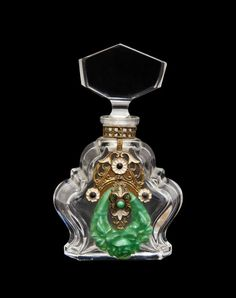 1930s Czechoslovakian perfume bottle : Lot 99